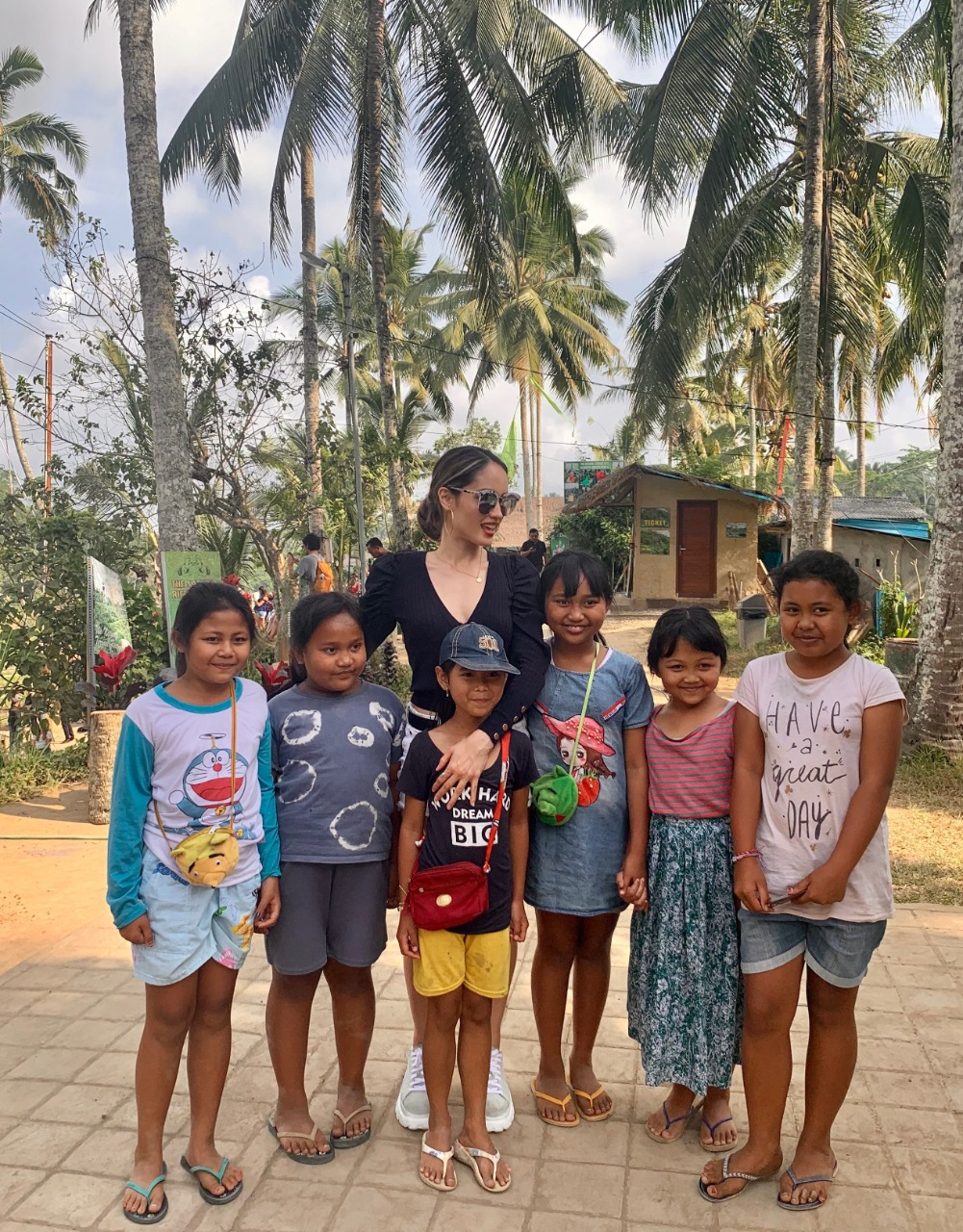 Interacting with the kids of Bali.